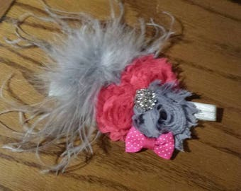 Shabby chic headband/ hair bow with feathers/ baby/toddler/girl/ photo prop/pink/gray