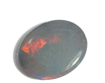 Opal natural solid untreated | Australian lightning ridge | semi black opal | play of color | red + green | 4.61 ct | 15.4 x 12.6 mm