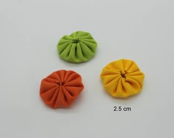 Trio of Flowers Yo-Yo hand made green orange yellow 2.5 cm