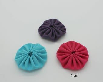 Purple fuchsia hand-made Yo-Yo Flowers trio turquoise 4 cm