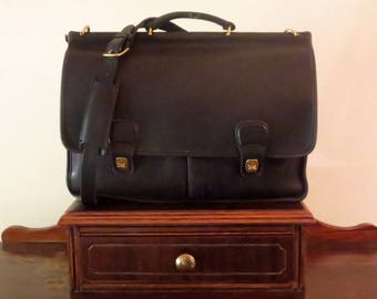 Coach Dowel Computer Case In Black Leather With Brass Hardware Style No. 5297 - Made In United States- GUC- Rare Style