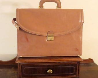 Spring Sale i Santi Cream Leather Triple Gusett Briefcase Attache Laptop IPad Case With Brass Combination Lock - Made in Italy - VGC