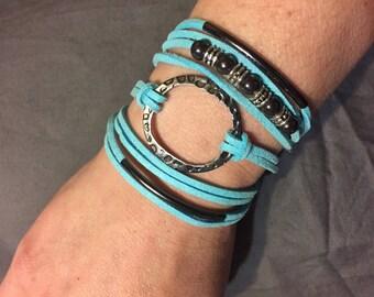 Aqua wrap bracelet with magnetic clasp