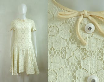 40%OffJune23-26 60s floral lace dress size medium, off white knitted lace shift dress, 1960s mad men party dress, day dress