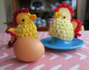 2 vintage crochet egg warmers or cozies, chicken hens, Easter decoration, hand made, wool, yellow and red