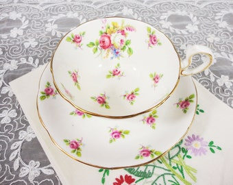 Royal Standard Devon Simple Rose Floral English Bone China Teacup and Saucer