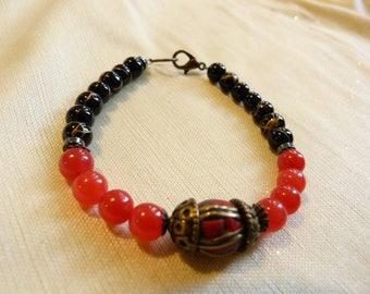 Red and black onyx + Jade beads - ethnic style bracelet.
