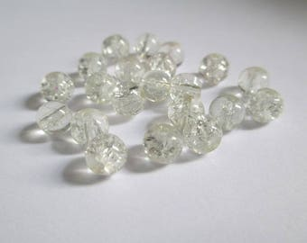 20 white 6mm (P-13) Crackle glass beads
