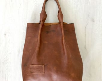 Chocolate brown hand stitched pull-up leather tote bag, shoulderbag, handbag