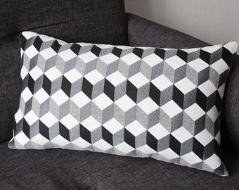 Cover cushion 3D - black and white 50 x 30 cm