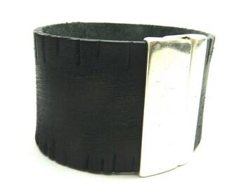 Vintage black leather magnetic Cuff Bracelet