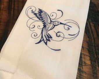 Hummingbird linen guest towel