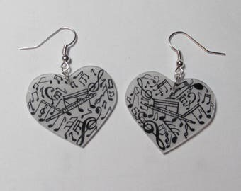Music heart earrings.