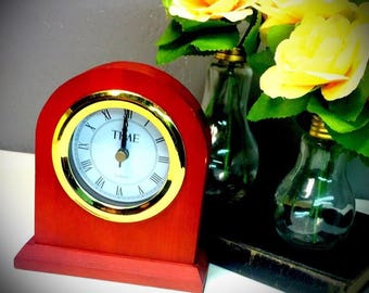 vintage Time Magazine promotional clock Bedford Quartz table clock