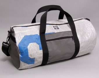 Dufflebag made from a recycled J24 sail