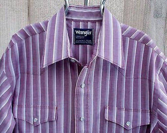 Vintage 70s Wrangler Country Western Style Purple White Cotton Striped Mens Long Sleeve Snap Shirt 15 1/2-34 X-Long Tails
