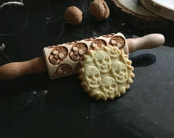 SKULLS SMALL rolling pin, embossing rolling pin, engraved rolling pin by laser