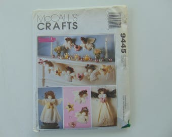 McCall's Craft 9445 Sewing Pattern Angel Tree Topper, Wall Hanging, Ornament's and Garland UNCUT