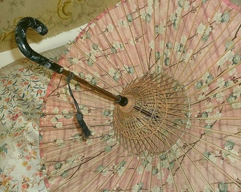 1920's Art Deco Fabric, Bamboo and Celluloid Parasol - Stunning