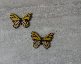 set of 2 Butterfly buttons to embroider 2 holes