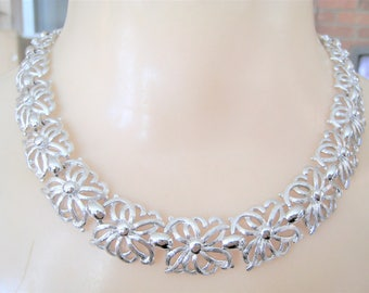Vintage Monet Silver Tone Necklace