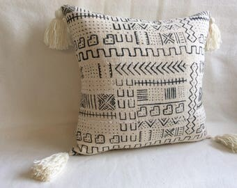 African Mudcloth Pillow Cover - White/ Black Symbols - Tassle Trim - 18x18 Cover