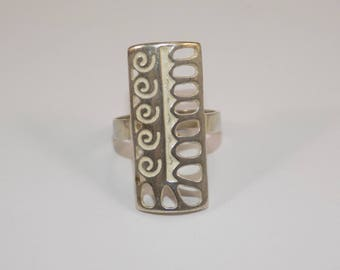 Nice sterling silver design ring size 7