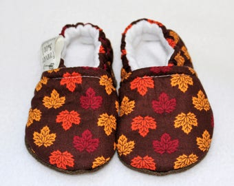 Fall Leaves Soft Sole Baby Shoe, Baby Shower gift, Moccasins