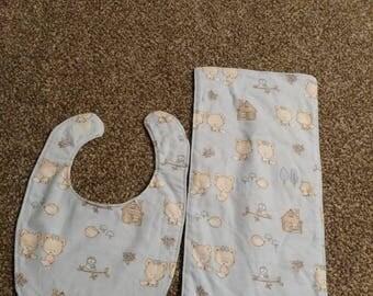 Foxes bib and burp cloth set.