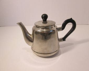 Tea Kettle, Teapot, Small USSR or Armenian Tea Kettle