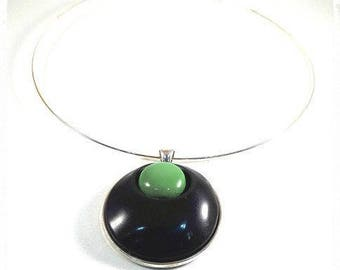 Black and green Choker necklace
