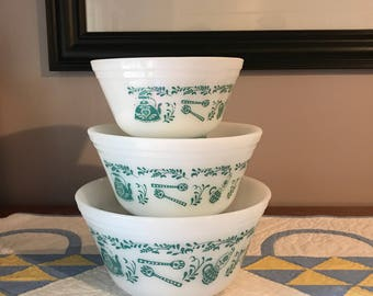 "Set of 3 vintage Federal Glass Milk Glass Mixing bowls turquoise kitchen aides 6"" , 7"", 8"""