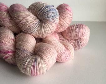 Single Hand Dyed Circus Single Ply Merino Fingering Knitting Yarn Long Billed Corella