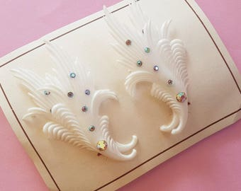 Feather light deco leaf diamante clip on earrings
