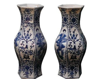 wholestoreSALE Pair Chinese Blue & White Hexagon Shape Porcelain Flower Lady Vases cs195E