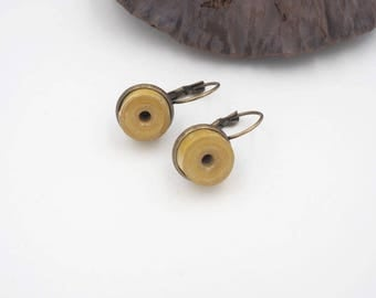 """""""Duo"""" yellow paper cloth and brass earring"""