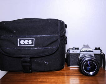 Asahi Pentax K1000 35mm SLR Film Camera with SMC Pentax M 40-80 F2.8 zoom lens, strap + CCS padded camera case #469