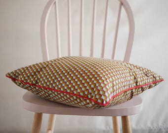 Cushion wax / red cushion / pillow / square decorative pillow / ethnic style