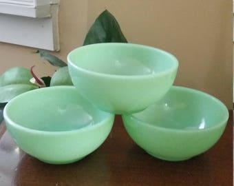 1940's Fire King Jadeite Cereal Bowl.  Fire King Jadeite Soup Bowl.  Made in the USA.