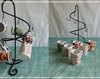 All cups and display vintage pattern