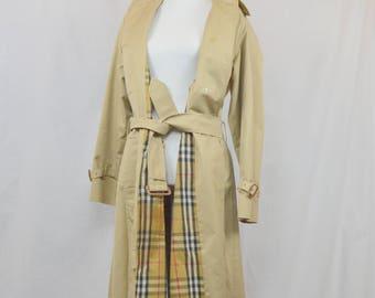 80s auht BURBERRYS trench / vintage Burberrys / Burberrys women / burberry trench / beige trench