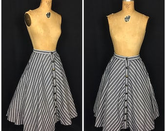 1950s Grey and White Circle Skirt | 50s Button up Swing Skirt