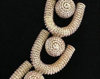"1950's Textured Geometric Modernist Bracelet 8"""