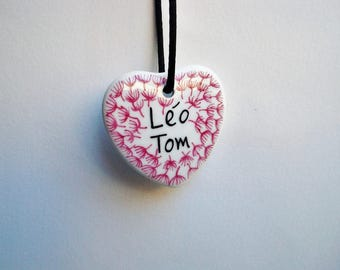 Porcelain pendant shaped heart with names, gift for MOM, Grandma, Valentine's day flowers