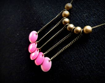 Serpentine necklace stickers in pink enamel and brass