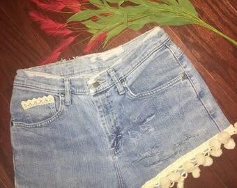 Vintage Distressed Shorts Size 8