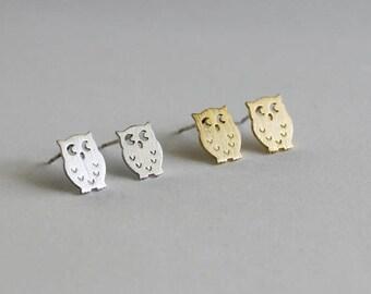 Cute Owl Stud Earrings / bird earrings, owl jewelry, gift for her, night owl studs, woodland, animal earrings / E0-35