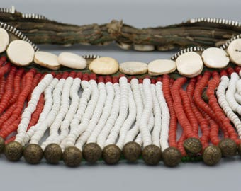 """Vintage """"Chin People"""" Shell and Glass Necklace 16"""" Long ca 1950"""