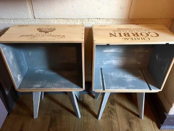 ensemble de 2 tables de chevet en caisse de vin pieds compas. Black Bedroom Furniture Sets. Home Design Ideas