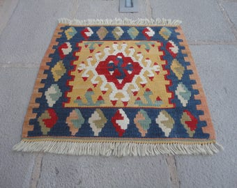 FREE SHIPPING !!!Kilim rug ,Turkish vintage rug, entrance rug,gift rug 19 x 20 country decor,boho rug,pileless rug,flat wovenkelim,small rug